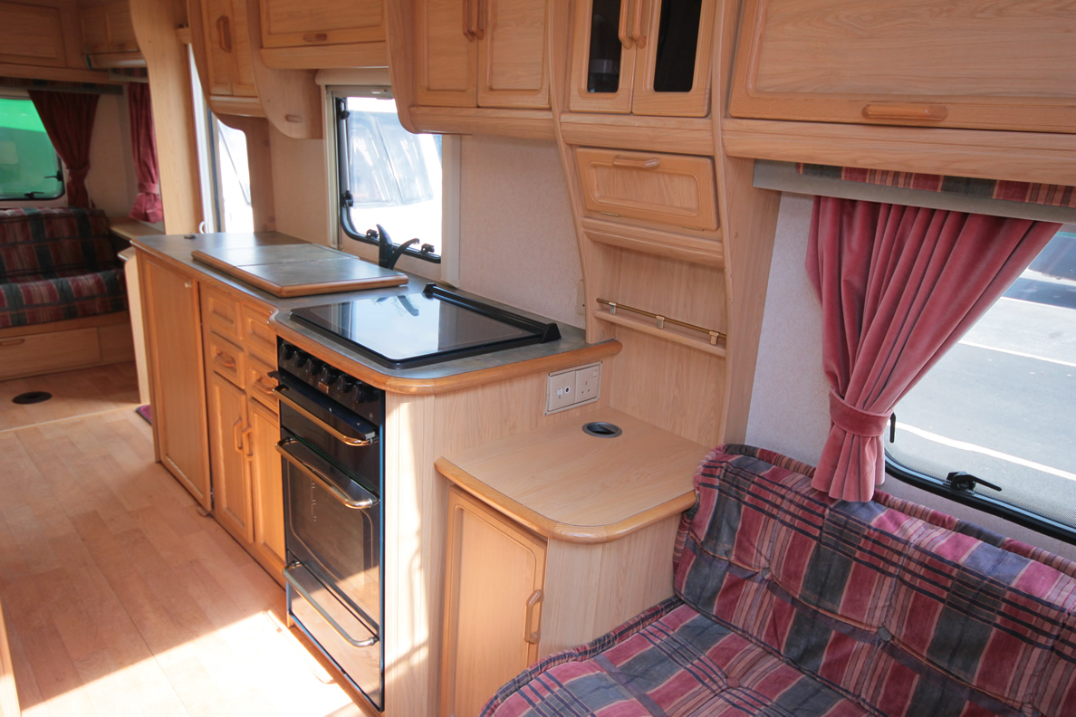Kina Campers 116 Caravan 4/5 berth large 26 Abbey Spectrum 520