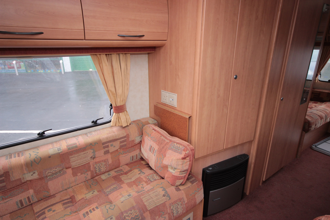 Kina Campers 015 4/5 berth Ace Jubilee Viceroy