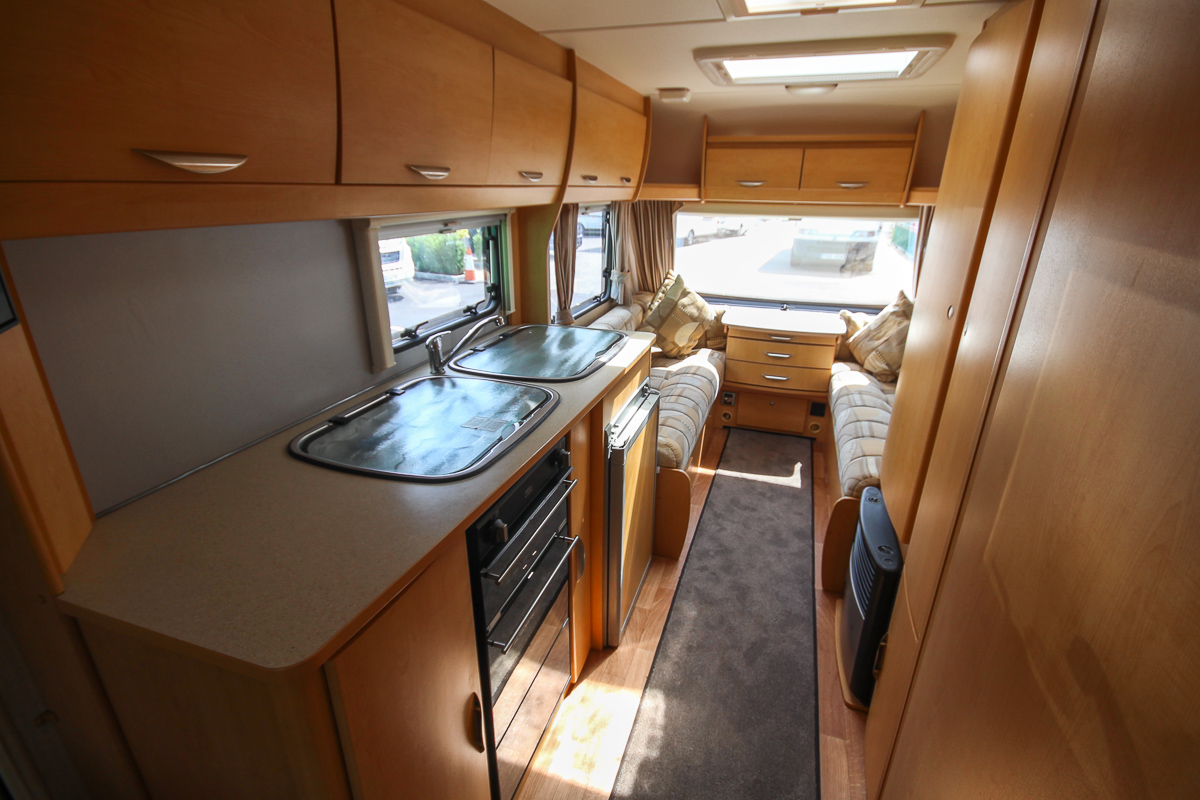 Kina Campers 05 6 berth Xplore
