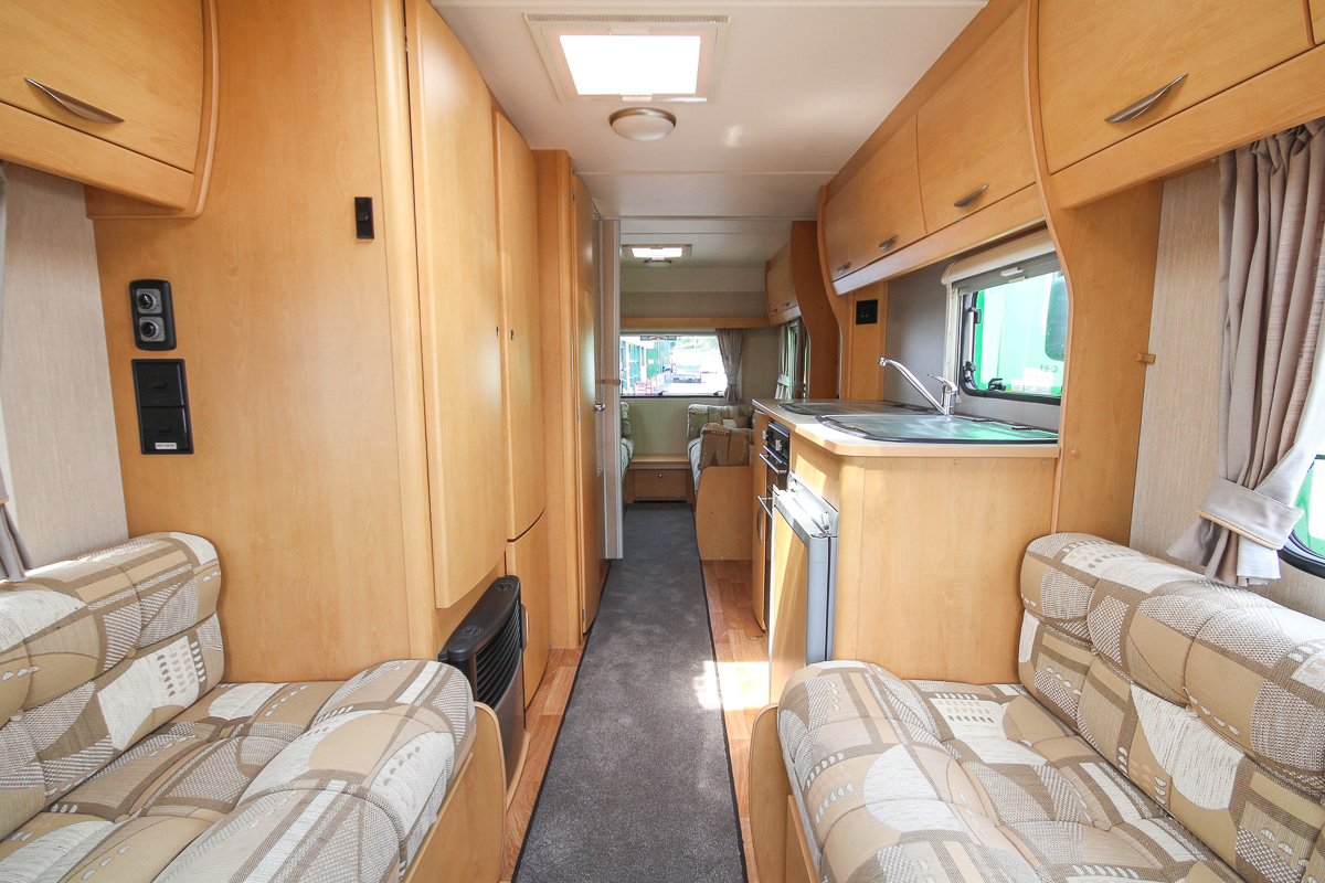Kina Campers 08 6 berth Xplore