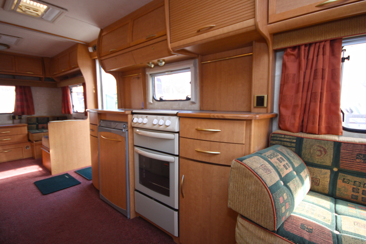 Kina Campers 5 6 berth 26 Abbey Spectrum 620
