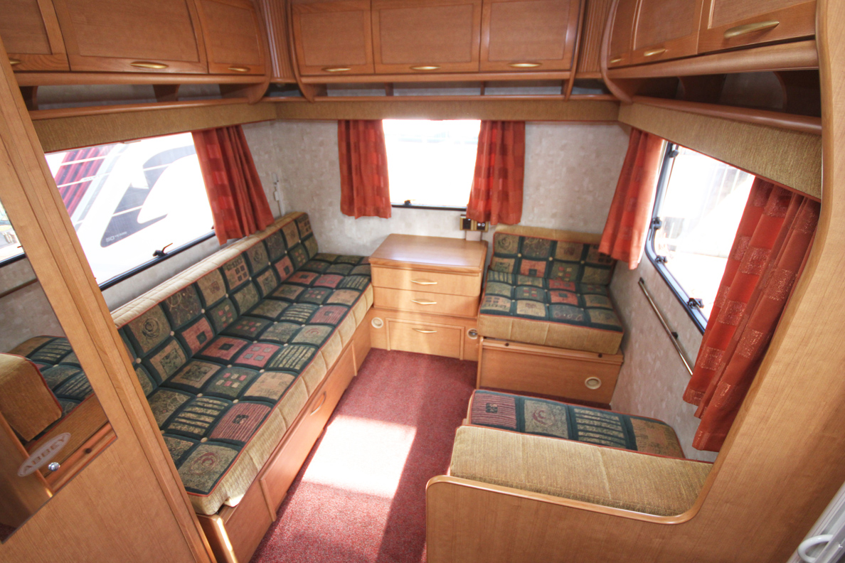 Kina Campers 7 6 berth 26 Abbey Spectrum 620